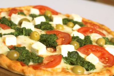Healthy Spinach and Goat Cheese Pizza Recipe