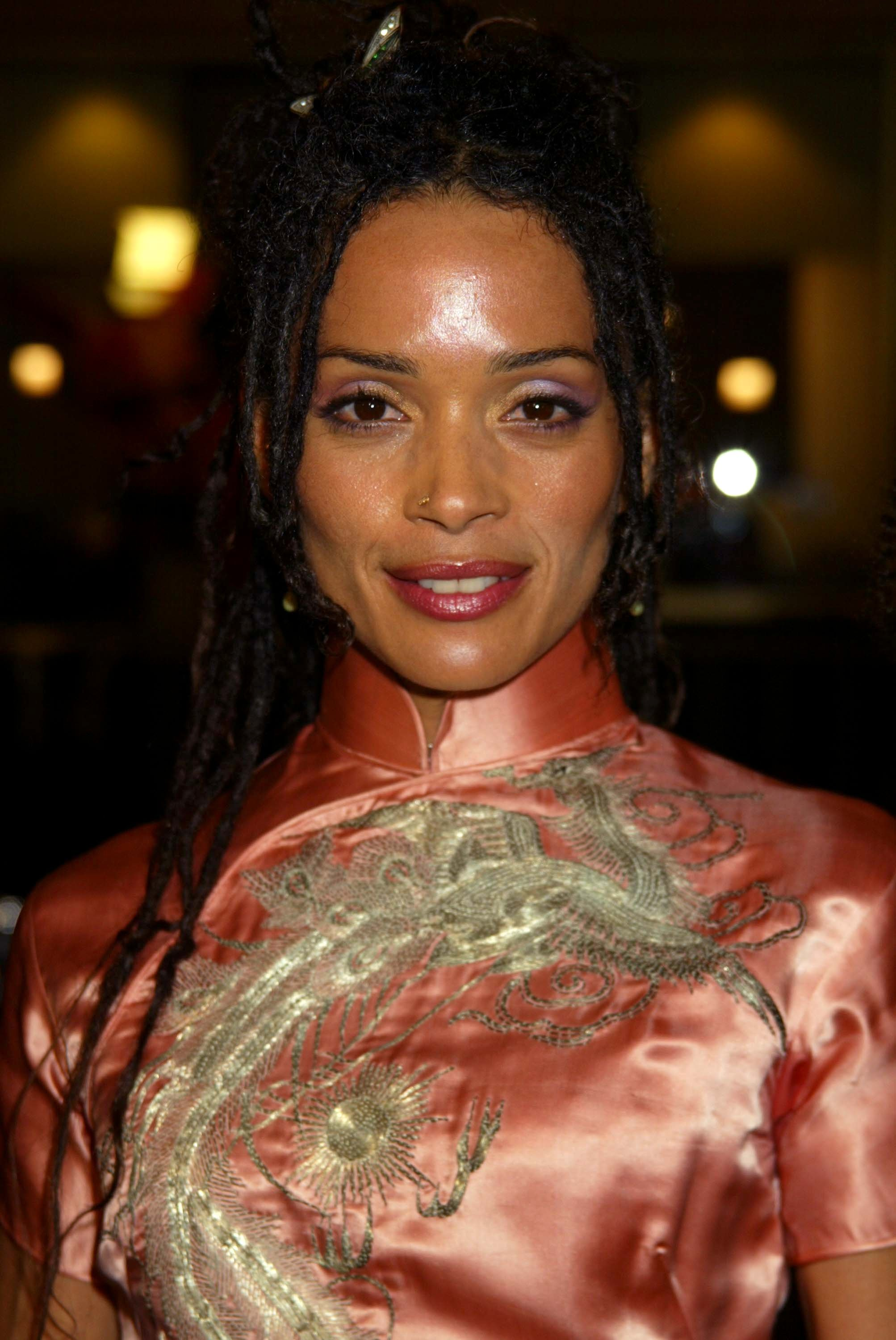 Ray Donovan Star Lisa Bonet Loves Coconut Oil for Healthy Cooking and Glowing Skin