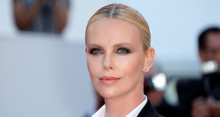 Charlize Therons Monster Weight Gain Loss Her Diet Plan To Lose