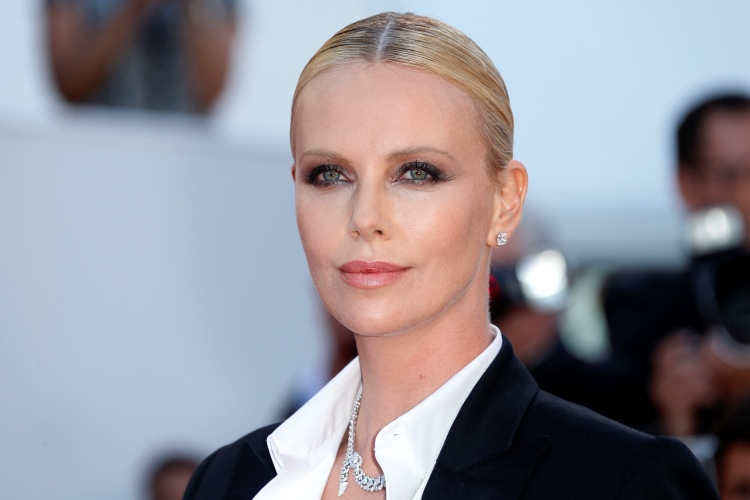 Charlize Theron S Monster Weight Gain Loss Her Diet Plan To Lose 30 Pounds