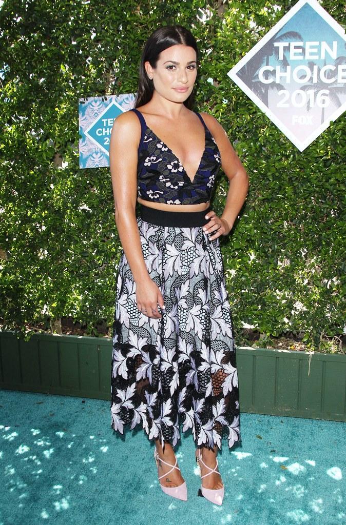 Lea Michele looks toned at the 2016