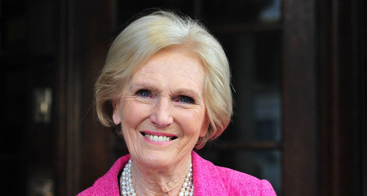 Cake Queen Mary Berry