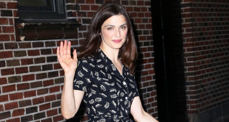 "Actress Rachel Weisz, Daniel Craig's Wife, Looks Fit in ""Denial"""