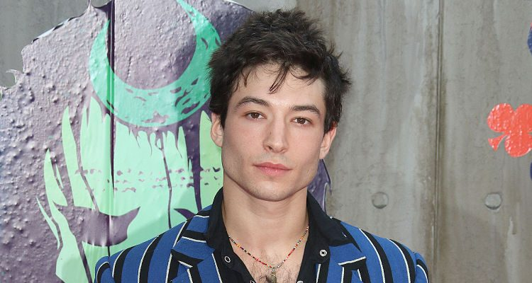 Ezra Miller Ray Fisher Bulk Up To Play The Flash And Cyborg Roles
