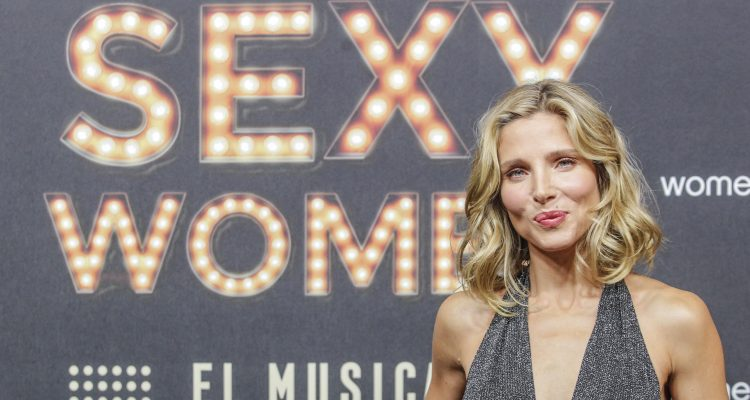 Elsa Pataky, Chris Hemsworth's Wife, Flaunts Six Pack & Loves to Exercise