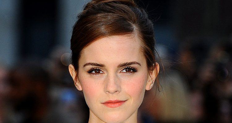 Emma Watson Stuns as Belle in Beauty and the Beast Trailer, Healthy Diet and Strict Workout Helping