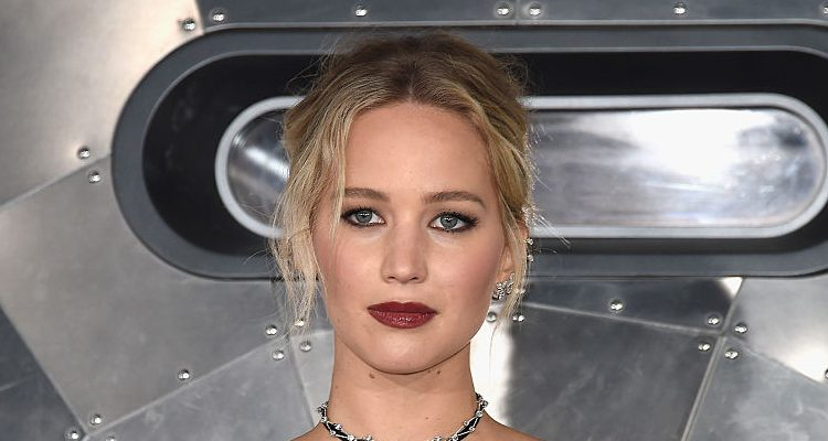 Jennifer Lawrence Trained Hard for Stunts in New Film Passengers