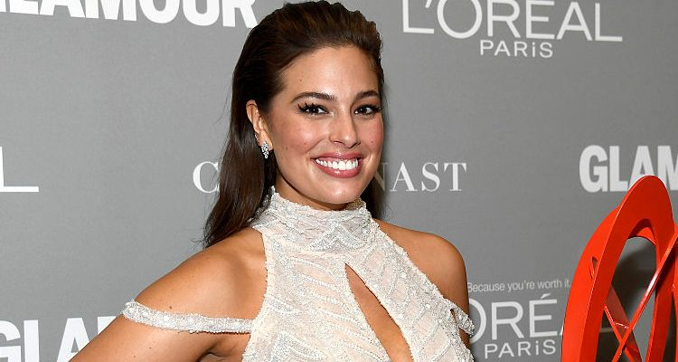 Plus Size Ashley Graham's White Bikini Look Puts Flat Stomach on Display