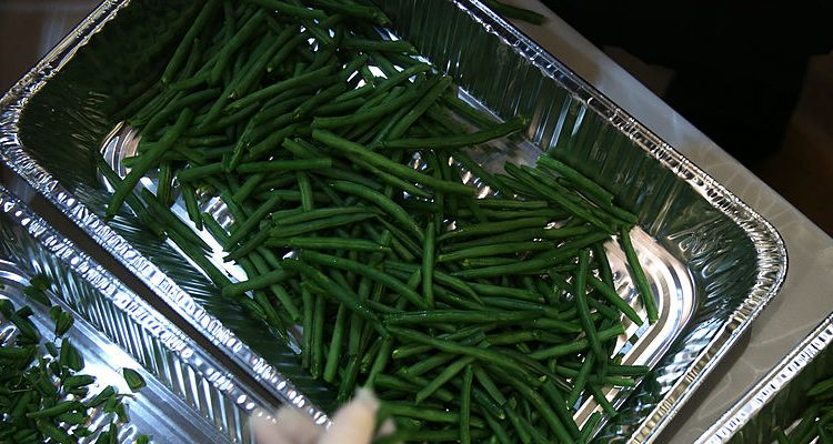 Side Dish with Christmas Dinner: Green Bean Casserole, Most Trending Recipe of 2016