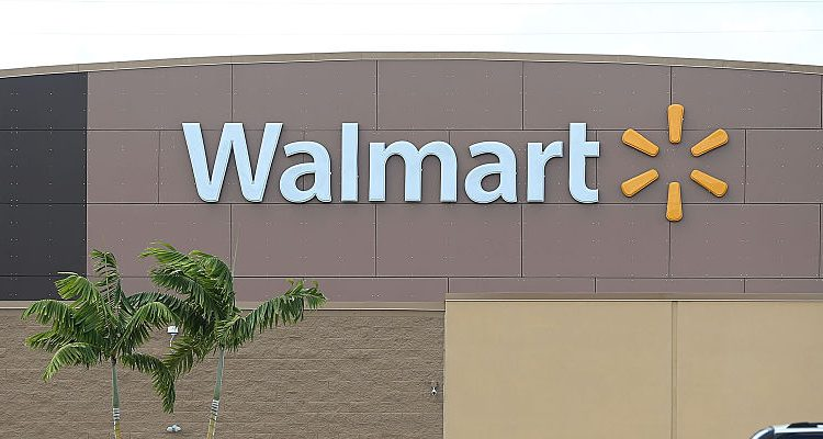 Is Wal Mart Open On Christmas.Walmart Hours On New Year S Eve Is Walmart Open On New
