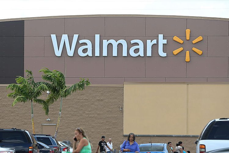 Walmart Hours on New Year's Eve: Is Walmart Open on New ...