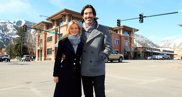 Amy Smart and Carter Oosterhouse Welcome First Child: How the Actress Plans on Regaining her Pre-Pregnancy Figure