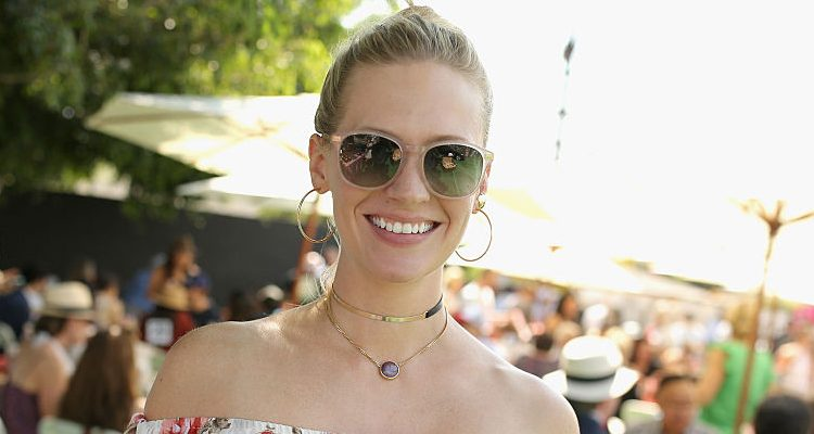 Fit, Single Mom January Jones on Parenting and Her Go-To Workouts