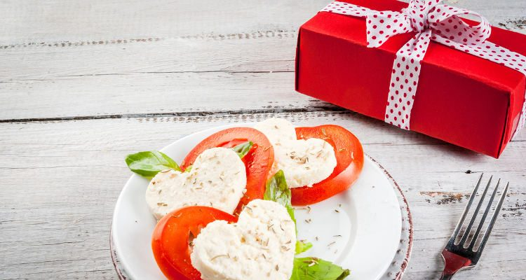 Valentine S Day Gifts For Her Surprise With Delicious Food Gifts