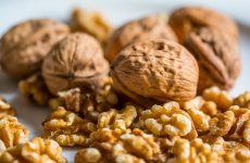 Pecans vs. Walnuts